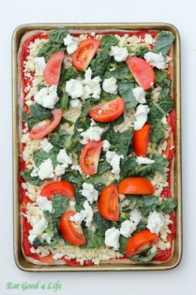 kale-pizza-pie-uncoocked-e1407504926787